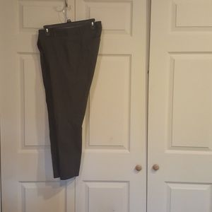 EUC VAN HEUSEN DARK GRAY WOMENS PANTS